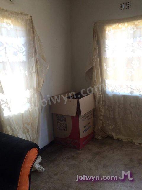 Box in corner
